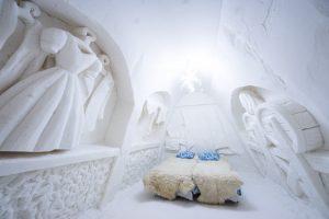 Kemi Tourism Ltd. Snow suite